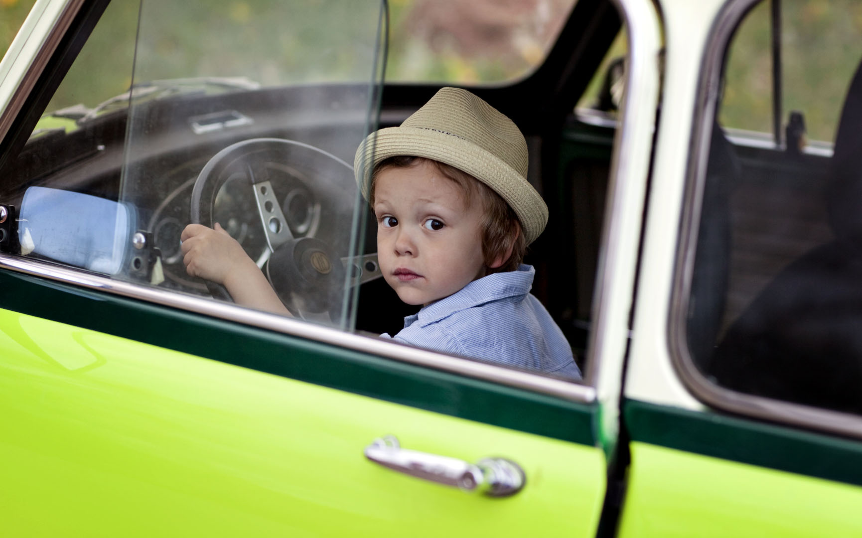 boy and car_1567lr